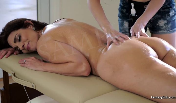 Mature - Teen Gives A Hot Massage