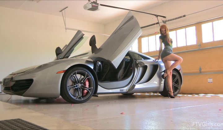 Masturbation - Vibrator Orgasms In A Mclaren Mp4-12c Sportscar